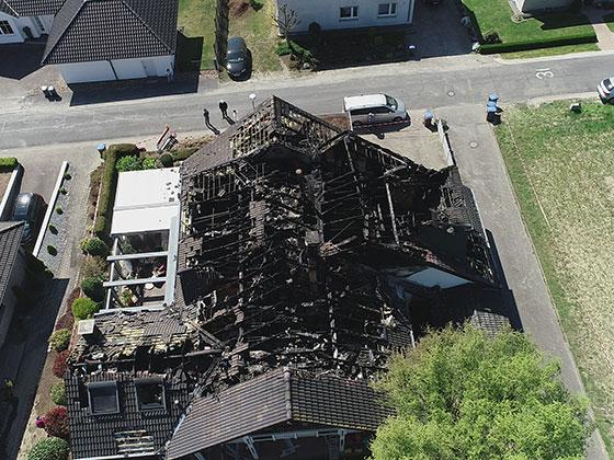 Thorsten Bänisch Dienstleistungen & Containerdienst in Oerlinghausen - Beseitigung von Brandschäden